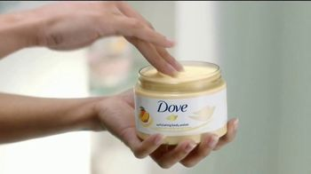 Dove Glowing Shower Collection TV Spot, 'Luminosa y radiante' [Spanish] - Thumbnail 7