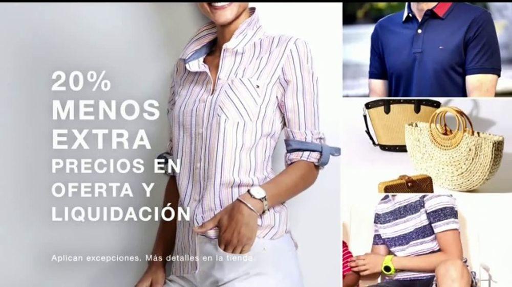 Macy's Venta del 4 de Julio TV Commercial, 'Trajes de ba??o y Martha Stewart'