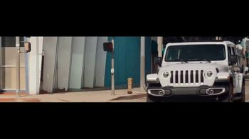 Jeep TV Spot, 'Visión general' canción de Little Jesus [Spanish] [T2] - Thumbnail 4