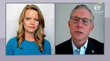 EY Global TV Spot, 'CNBC: Business Interrupted'