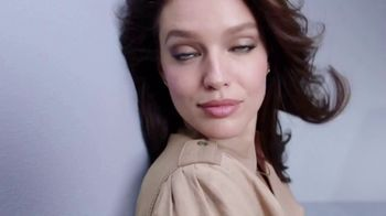 Maybelline New York Lash Sensational TV Spot, 'Soft to Supple: Rose Hip Oil' - Thumbnail 9