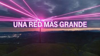 T-Mobile TV Spot, 'Una red asombrosa' [Spanish] - Thumbnail 5
