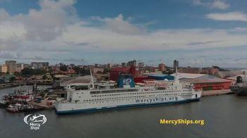 Mercy Ships TV Spot, 'Waves of Mercy' - Thumbnail 1