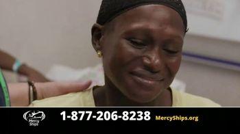 Mercy Ships TV Spot, 'Waves of Mercy' - Thumbnail 4