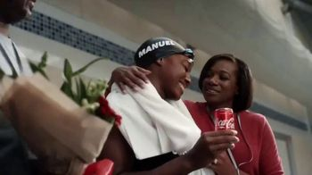 Coca-Cola TV Spot, 'Unbreakable' Featuring Simone Manuel, Davóne Tines - Thumbnail 10