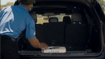 Domino's TV Spot, 'Carside Delivery' - Thumbnail 8