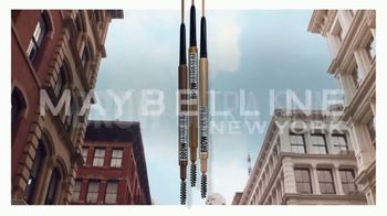 Maybelline New York Brow Ultra Slim Pencil TV Spot, 'Precisely Defined Brows' - Thumbnail 4