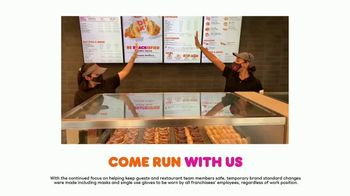 Dunkin' TV Spot, 'Come Run with Us: Leaders' - Thumbnail 6