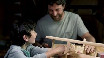 The Home Depot TV Spot, 'Cosas favoritas de papá' [Spanish] - Thumbnail 1