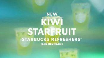 Starbucks Kiwi Starfruit Refreshers TV Spot, 'Juicy' Song by Kaivon - Thumbnail 4