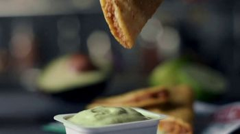Jack in the Box Tiny Tacos TV Spot, 'Grab 15 Tiny Tacos for a Great Deal' - Thumbnail 6