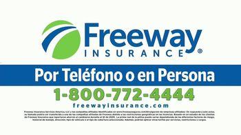 Freeway Insurance TV Spot, 'Seguro de auto: ahorra hasta $839 dólares' [Spanish] - Thumbnail 6