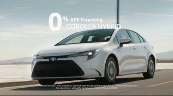 Toyota TV Spot, 'Trust: Hybrids' Song by Vance Joy [T2] - Thumbnail 3