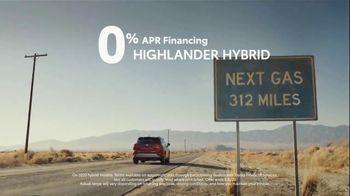 Toyota TV Spot, 'Trust: Hybrids' Song by Vance Joy [T2] - Thumbnail 6