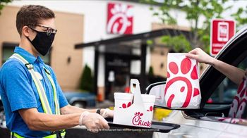 Chick-fil-A TV Spot, 'The Little Things: The A in Chick-fil-A: Encouragement' - Thumbnail 8