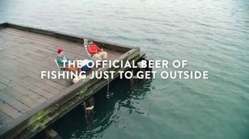 Coors Light TV Spot, 'Fishing Just to Get Outside' Song by Waylon Jennings - Thumbnail 9
