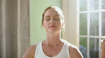 Gain with Essential Oils TV Spot, 'Kelsey' - Thumbnail 3
