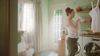 Gain with Essential Oils TV Spot, 'Kelsey' - Thumbnail 8