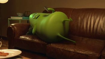 Cricket Wireless TV Spot, 'Couchersize' Featuring Tony Little - Thumbnail 6