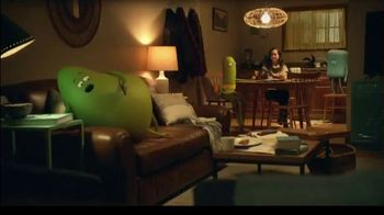 Cricket Wireless TV Spot, 'Far Away: teléfono Cricket Icon' [Spanish] - Thumbnail 7