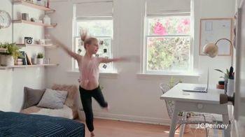 JCPenney TV Spot, 'Find Joy' - Thumbnail 9