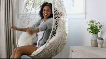 SKECHERS Sandals TV Spot, 'Summer is Here' - Thumbnail 3
