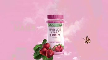 Nature's Bounty Hair, Skin & Nails Gummies TV Spot, 'Ready to Shine' - Thumbnail 9