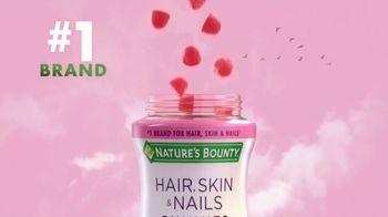 Nature's Bounty Hair, Skin & Nails Gummies TV Spot, 'Ready to Shine' - Thumbnail 5