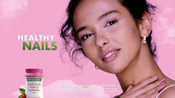 Nature's Bounty Hair, Skin & Nails Gummies TV Spot, 'Ready to Shine' - Thumbnail 8