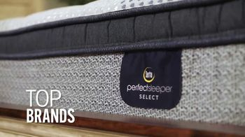 Rooms to Go Mattress Month TV Spot, 'Something for Everyone' Featuring Jesse Palmer - Thumbnail 4