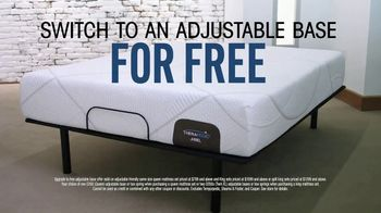 Rooms to Go Mattress Month TV Spot, 'Something for Everyone' Featuring Jesse Palmer - Thumbnail 5