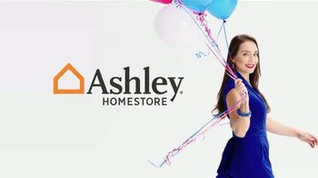 Ashley HomeStore Memorial Day Sale TV Spot, 'Final Days: Zero Interest for Five Years' - Thumbnail 1
