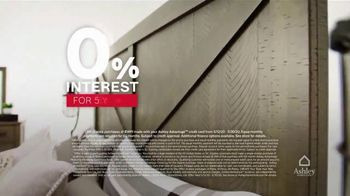 Ashley HomeStore Memorial Day Sale TV Spot, 'Final Days: Zero Interest for Five Years' - Thumbnail 3