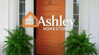 Ashley HomeStore Memorial Day Sale TV Spot, 'Final Days: Up to 50 Percent Off' - Thumbnail 8