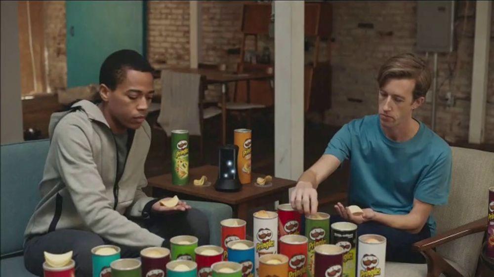 Pringles TV Commercial, 'Sad Device: Dance Playlist'