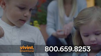 Vivint TV Spot, 'Protecting Your Home Is a Neccessity' - Thumbnail 7