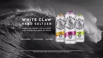 White Claw Hard Seltzer TV Spot, 'Refrescar: clavado' [Spanish] - Thumbnail 8