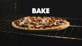 Papa Murphy's Cheeseburger Pizza TV Spot, 'Chow Down' - Thumbnail 5