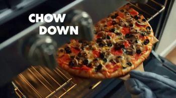 Papa Murphy's Cheeseburger Pizza TV Spot, 'Chow Down' - Thumbnail 6