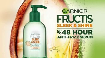 Garnier Fructis Sleek & Shine Anti-Frizz Serum TV Spot, 'Frizz Control' Song by Mark Ronson - Thumbnail 2