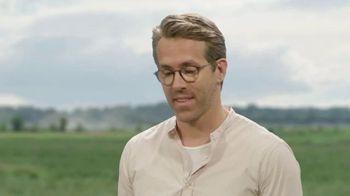 Mint Mobile Unlimited Plan TV Spot, 'Ryan & Rick Moranis' Featuring Ryan Reynolds, Rick Moranis - Thumbnail 3