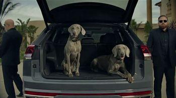 2020 Volkswagen Atlas Cross Sport TV Spot, 'The Celebrity Lifestyle' [T2]