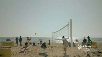 Liberty Mutual TV Spot, 'LiMu Emu & Doug: Volleyball' - Thumbnail 5
