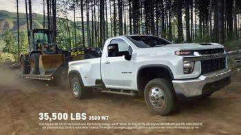 2020 Chevrolet Silverado TV Spot, 'Only Silverados Compete With Silverados' [T2] - Thumbnail 2