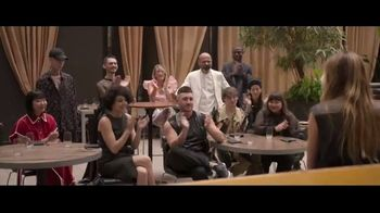 Amazon Prime Video TV Spot, 'Making the Cut' Song by Robyn - Thumbnail 7