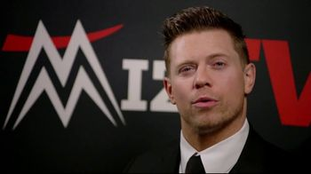 Snickers TV Spot, 'WWE Fan Favorite Commercials: Woo' Featuring Charlotte Flair, Gregory Mizanin - Thumbnail 4