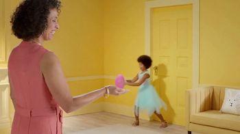Target TV Spot, 'Pascua: celebrar' canción de LONIS [Spanish] - Thumbnail 6