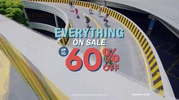 Old Navy TV Spot, 'Coffee Shop: 60 Percent' Song by HOLYCHILD - Thumbnail 7