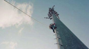 AT&T Inc. TV Spot, 'Keeping You Connected: Juntos' [Spanish] - Thumbnail 5