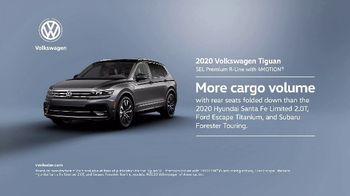 2020 Volkswagen Tiguan TV Spot, 'Road Conditions' [T2] - Thumbnail 8